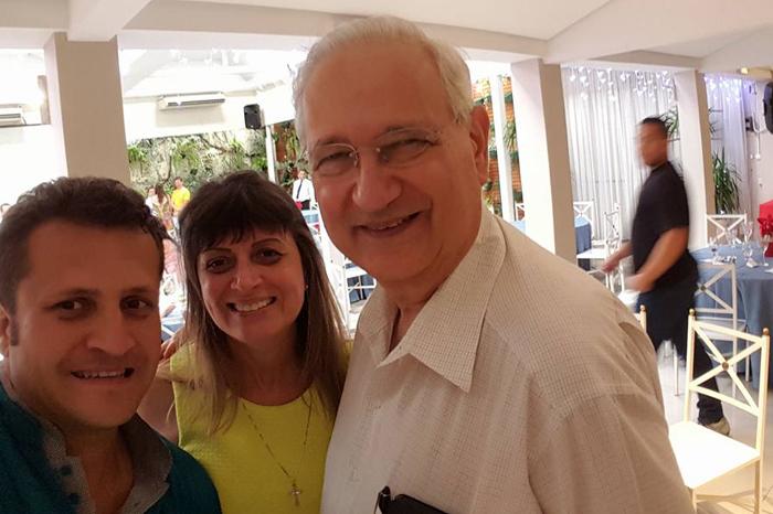 Vanderlei, Márcia Bispo e o diretor da FEA Adalberto Fishmann