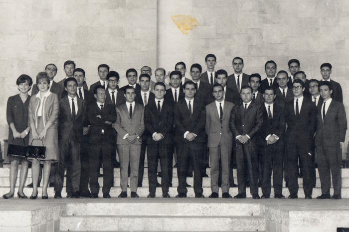 Em 1966 Formatura da turma de 65