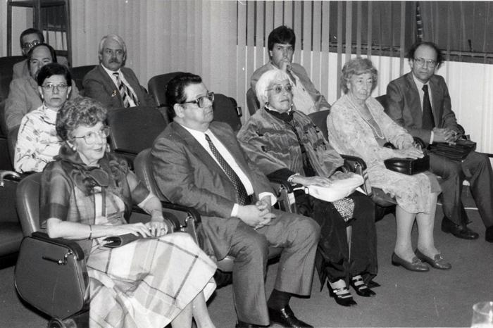 1987 - Cerimônia de Professores Eméritos_Lenita Corrêa Camargo, Delfim Netto, Alice Piffer Canabrava e viúva de Attílio Amatuzzi