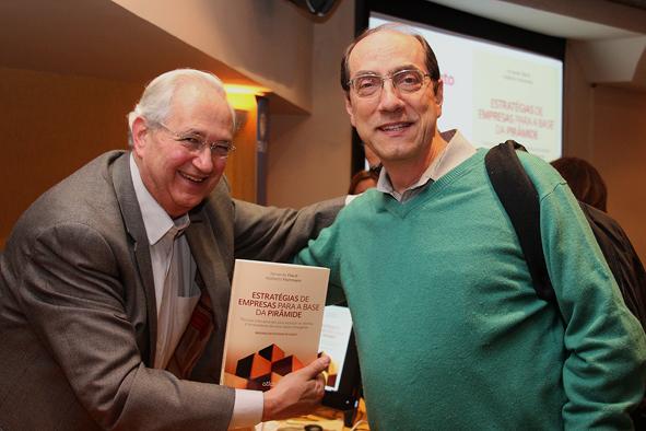 Professores Adalberto Fischmann e Fábio Frezatti