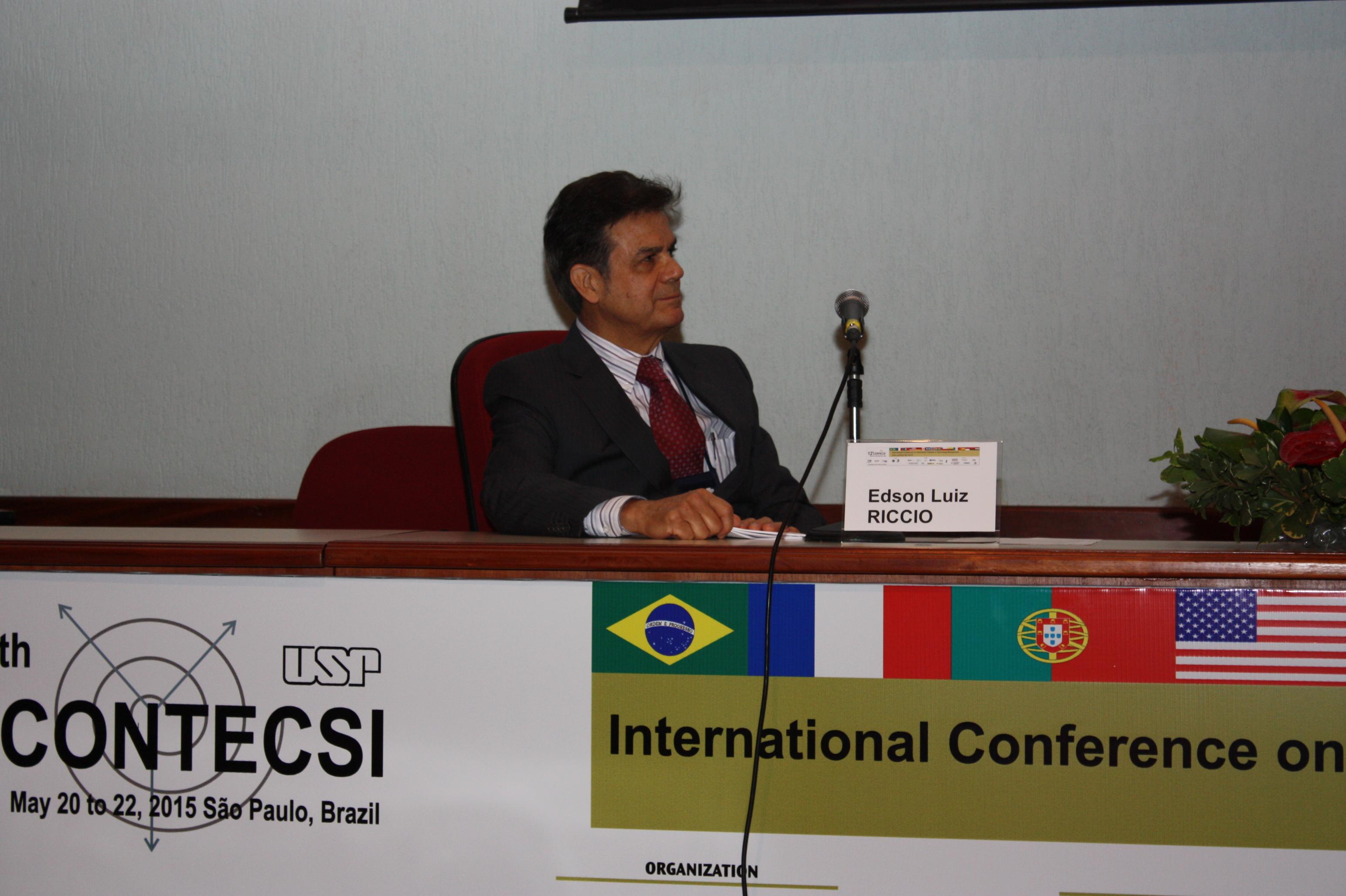 Edson Luiz Riccio no Auditório FEA-5