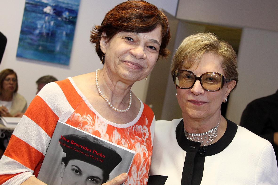 Diva Pinho e Prof. Vera Fava
