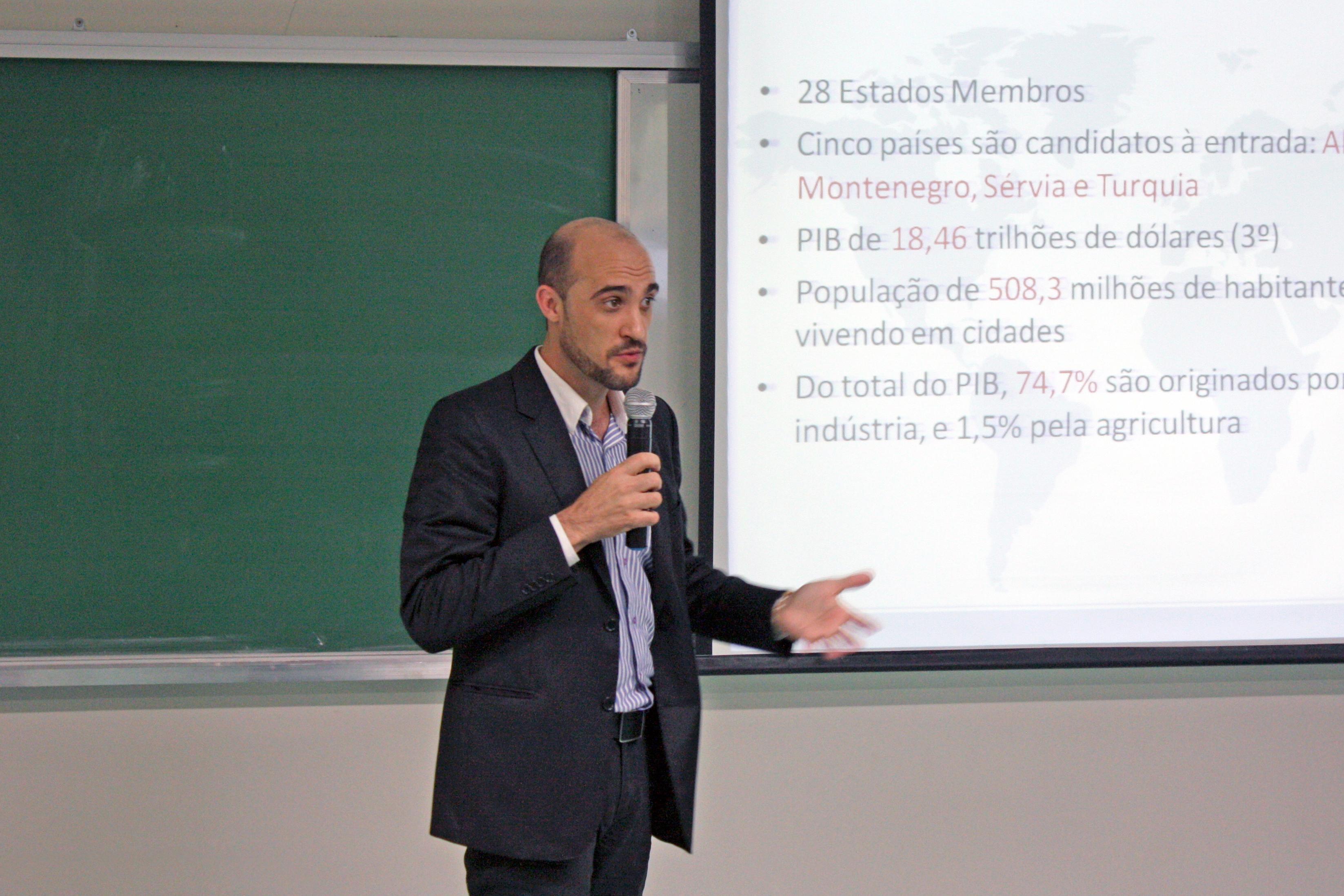 Cleonir Tumelero falou sobre a União Europeia