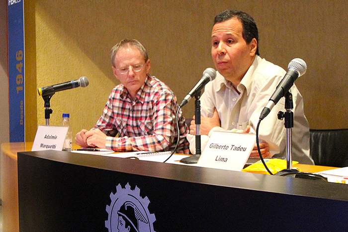 Professores Adalmir Marquetti (PUC/RS) e Gilberto Tadeu Lima (FEAUSP)
