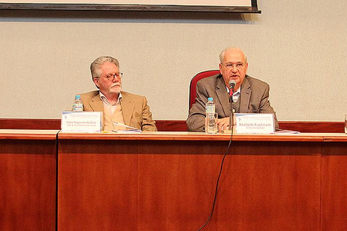 Chefe do Departamento de Economia, Hélio da Cruz e Diretor da FEA, Adalberto Fischmann