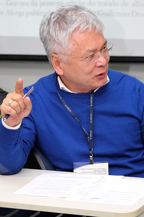 Professor Nelson Nozoe, do departamento de Economia.