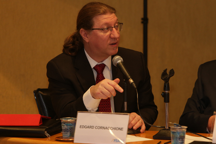 Prof. Edgard Cornacchione