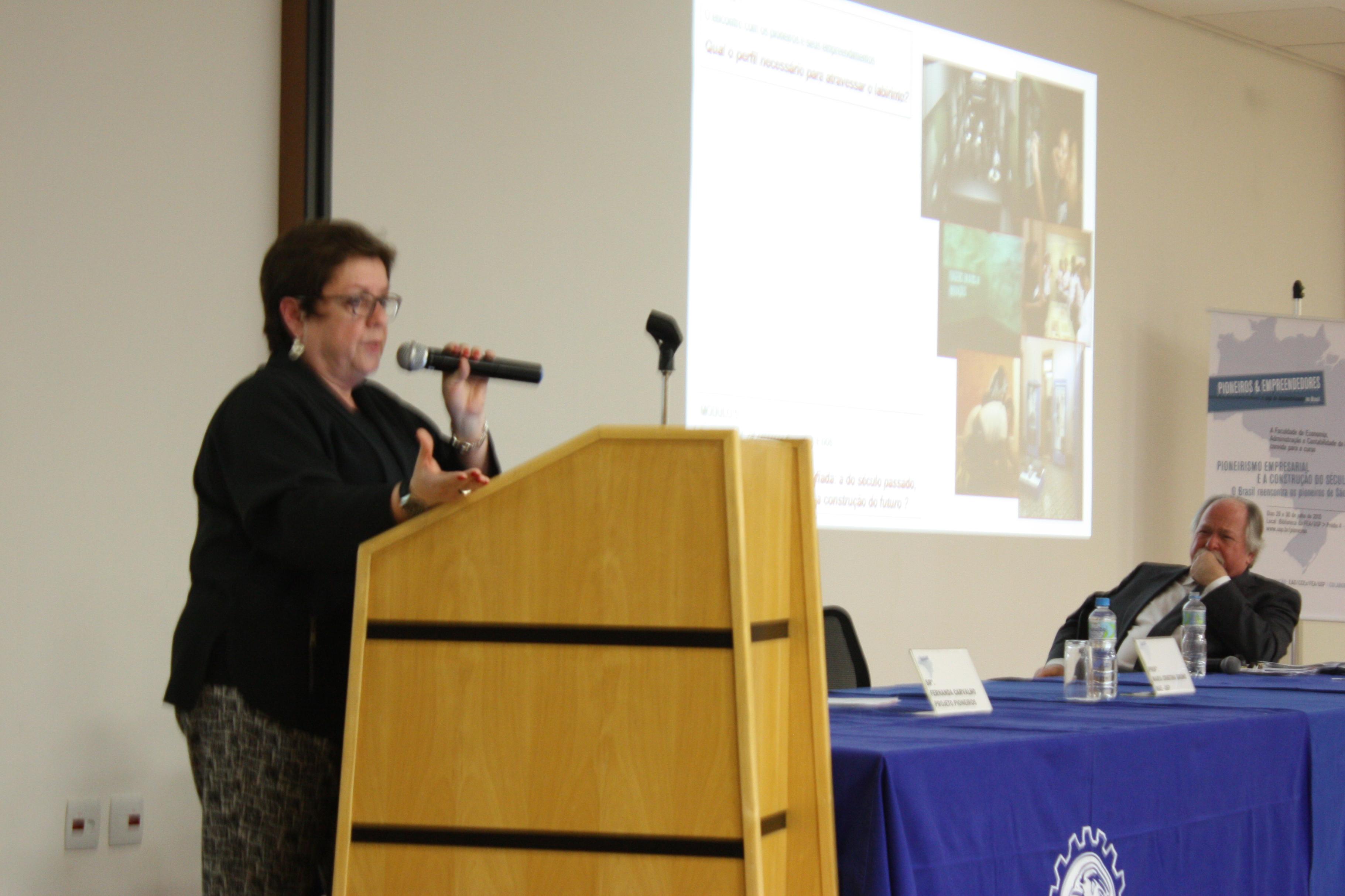Professora Marly Perecin, da Academia Piracicabana de Letras