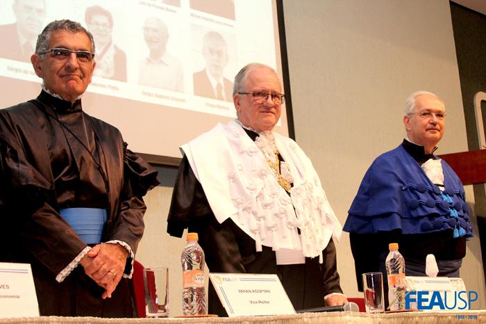 Prof. Vahan, Reitor da USP, Marco Antonio Zago e Prof. Adalberto Fischmann