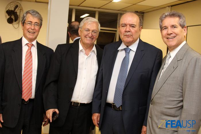 Professores André Franco Montoro, Carlos Luque e Denisard Alves