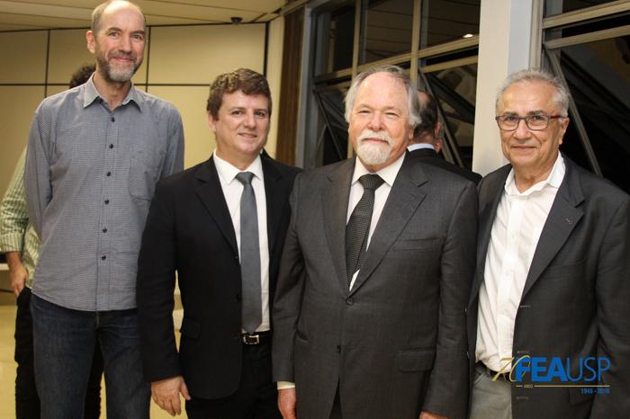 Professor Jacques Marcovitch com convidados