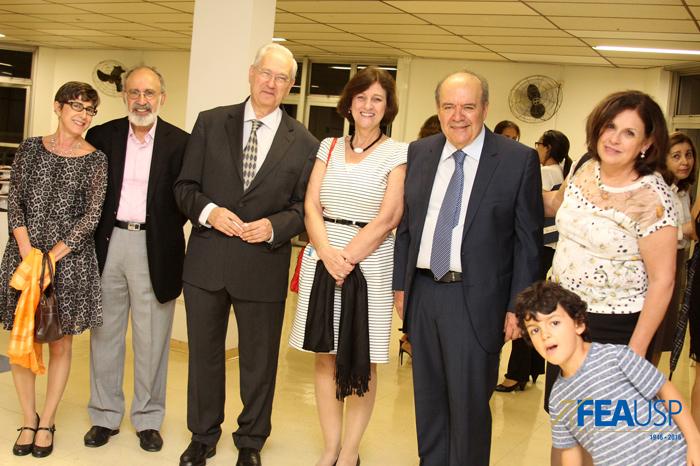 Professor Denisard e os professores da FEA