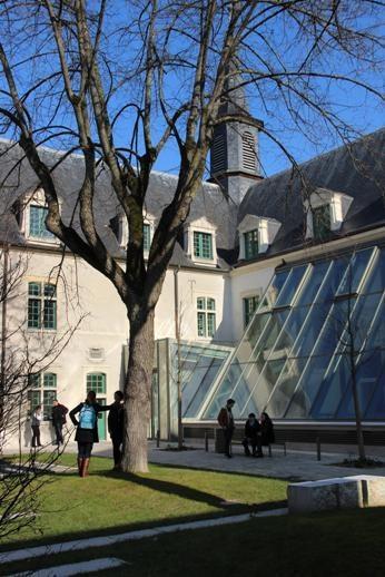 Sciences Po - Institut d Études Politiques de Paris