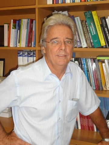 Prof. Dr. Ariovaldo dos Santos